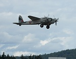 """F for Freddie"" Restored and Flying Mosquito"