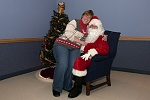 Click image for larger version.  Name:Donna & Santa 04.jpg Views:107 Size:133.0 KB ID:278225