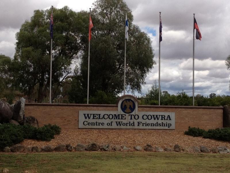Name:  Cowra 1.jpg Views: 1470 Size:  200.4 KB