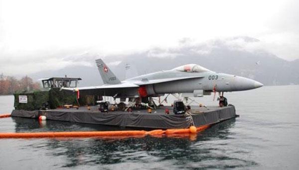 Name:  swiss-aircraft-carrier.jpg Views: 42 Size:  45.3 KB