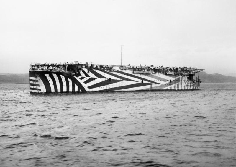 Name:  HMS-Argus-in-dazzle-paint.jpg Views: 127 Size:  106.3 KB