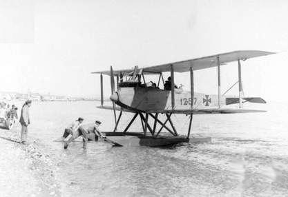 Name:  German_Friedrichshafen_FF_33L_seaplane_at_Beirut_c1917.jpg Views: 586 Size:  35.2 KB