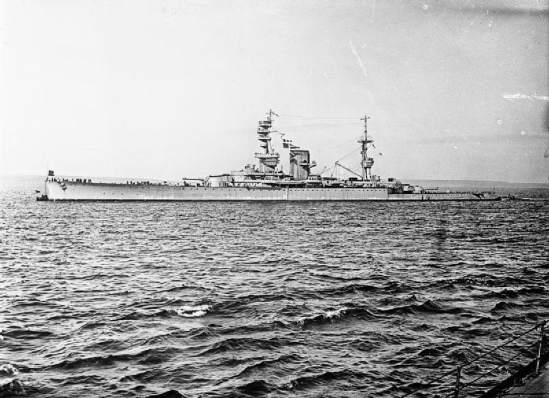 Name:  HMS_Courageous_WWI.jpg Views: 443 Size:  97.0 KB