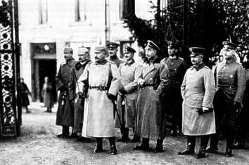 Name:  the Kaiser and crown prinz Wilhelm.jpg Views: 371 Size:  15.1 KB